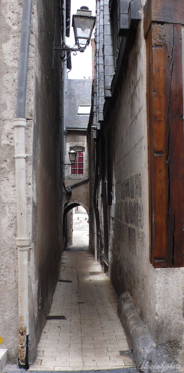 photo_48_narrow_street