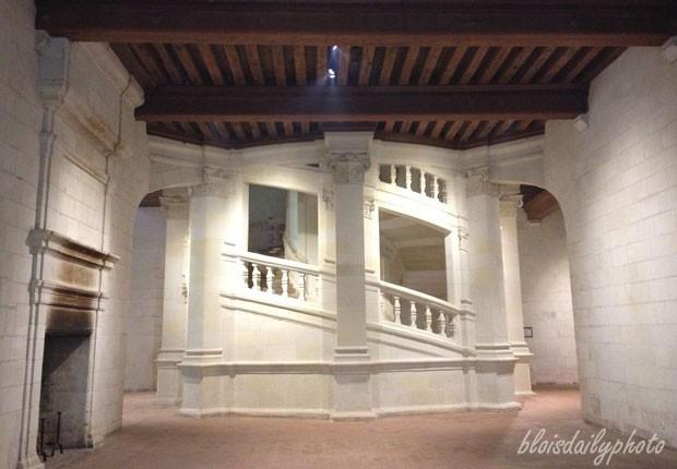 photo_128_chambord_staircase