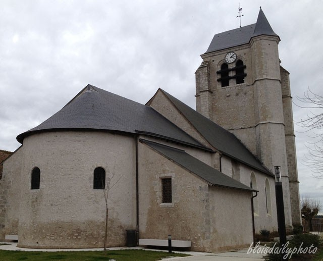 photo_46_montlivaut_church