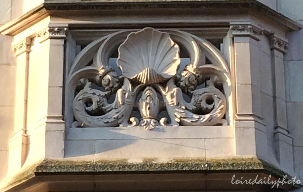 photo_36_scalloped-balcony