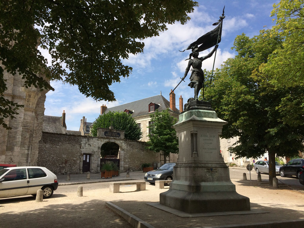 photo_180_jeanne_darc_beaugency